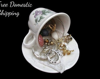 Horse Lovers Repurposed Teacup, Jewelry Decor, Teacup Decor, Vanity Decor, Upcycled Jewellery Decor, Musical Teacup, Free US Shipping