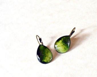 Green teardrop earrings / Antique bronze seaweed earrings / Nature earrings / Whimsical earrings / Gift for her / FREE SHIPPING