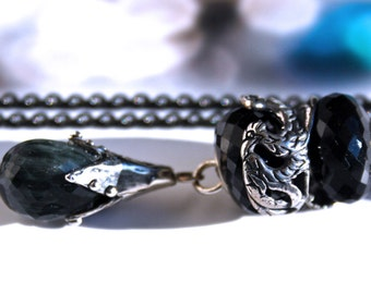 925 Silver Fantasy-Necklace with  a faceted Black Cats Eye  Pendant