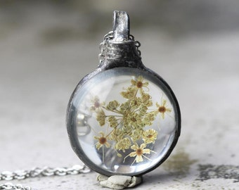 Queen Annes Lace Necklace Bridesmaid Gift Soldered Glass Pendant Pressed Flower Terrarium Spring Natural Woodland Jewelry Rustic