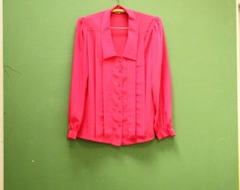 Vintage 90s Pink Blouse in Women's Size 12 (A retro bright magenta pleated front blouse with a 38 inch waist.)