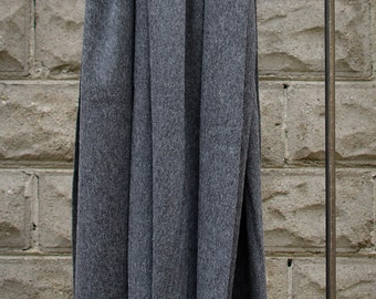 Charcoal alpaca and lambswool throw/shawl hand-finished with fringed edges.
