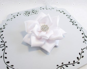 Bridal Hair Clip, Bridal Hair Flower, Pearl or Rhinetone Center, White Satin Wedding Flower, Bridesmaid Hair Clip, White Hair Clip, Satin