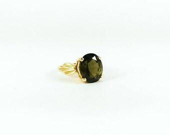 Vintage Oval Cut Green Tourmaline 14k Gold Ring