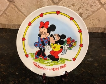MINT Walt Disney Mickey's I LOVE YOU Valentine's Day 1980 Schmid Plate ~ 2nd Limited Edition