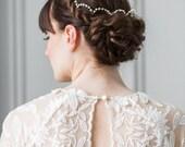 Scalloped Fresh Water Pearl Halo, Pearl Headpiece, Pearl Tiara, bridal crown, bridal headpiece, pearl halo, bridal circlet, silver #137