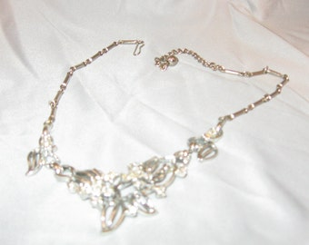 NECKLACE - Rhinestones - 3-D - Sparkles for the Holidays