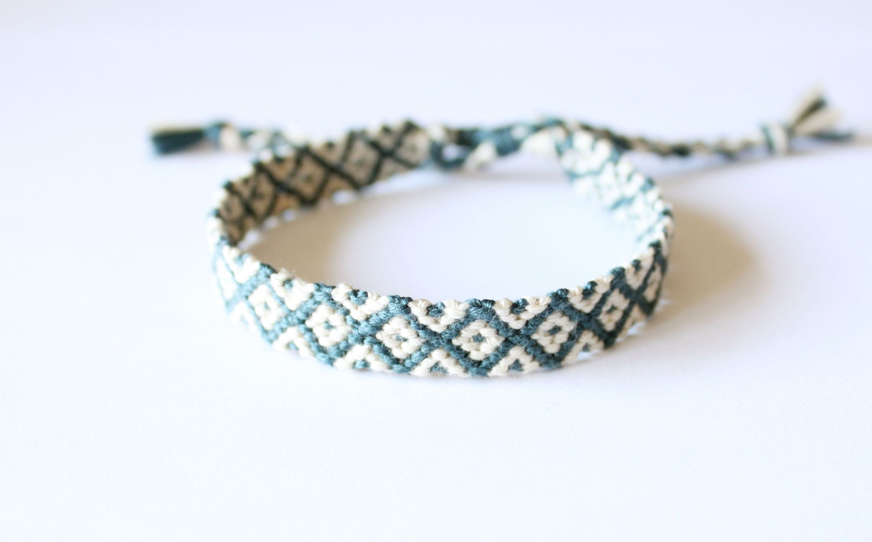 teal and white adjustable friendship bracelet diamond pattern. Black Bedroom Furniture Sets. Home Design Ideas