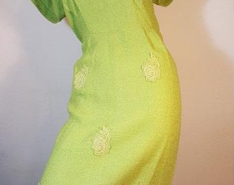 FREE  SHIPPING   1950 Wiggle Hourglass Dress