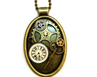 Steampunk Jewelry, Steam punk Necklace, Steam punk Jewellery, Found Objects Pendant, Steampunk Pendant, Oval Pendant