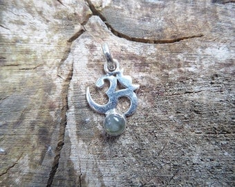 Silver Om and Blue Flash Labradorite Pendant