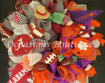 Pre-Order- House Divided Football Wreath- Football Door Hanger, Wreath for Door, Fall Wreaths, Outdoor Wreath, Any Teams