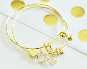 Monogramed Gold Single Initial Charm Bracelet