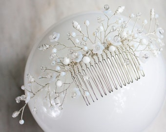 Bridal Hair comb, floral wedding headpiece, white and silver comb, Quartz crystal gemstone, Statement hairpiece