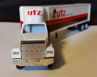 Winross Utz Quality Foods Die-Cast Truck 1991
