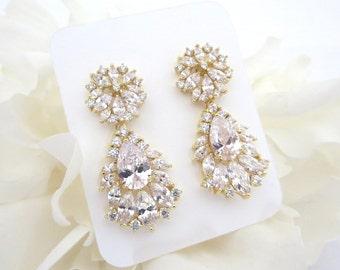 Gold Rhinestone earrings, Crystal Bridal earrings, Chandelier earrings, Wedding jewelry, CZ Wedding earrings, Bridal jewelry, Bridesmaid