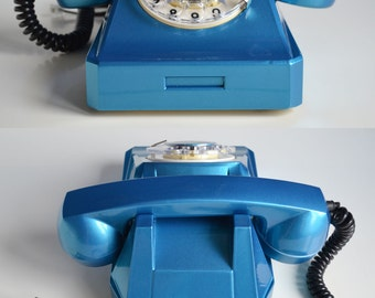 Refurbished Vintage Telephone with Rotary Dial, Bright Retro Phone made in 60s, Blue Telephone, Blue Home Decor, Oldschool Electronics Gift