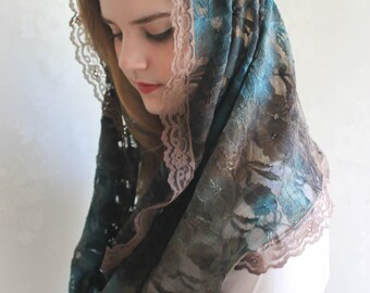 EVINTAGE~ Our Lady of Good Hope Lace Chapel Veil Mantilla Infinity Veil Latin Mass