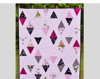 Triangle Garden PDF Quilt Pattern - Throw, Twin, Queen Size - Paper Piecing - Designed for Focal Prints, Incorporates Negative Space