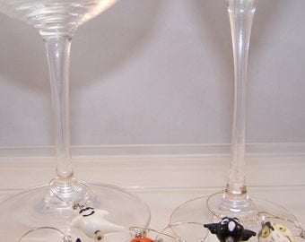 Halloween Wine Charms, Set of 6, Jackolantern, Pumpkin, Black Cat, Bat, Spider, Ghost, Owl, Spooky Glass Markers, Halloween Party Gift