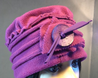Hat / Bonnet fleece Rose Framboise. Unique size