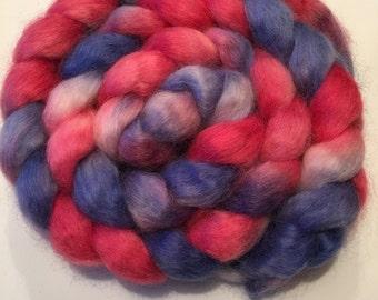 "150 gr. Finest Wensleydale wool ""Jeans & roses"""