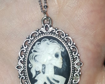 Zombie Lolita Skeleton necklace