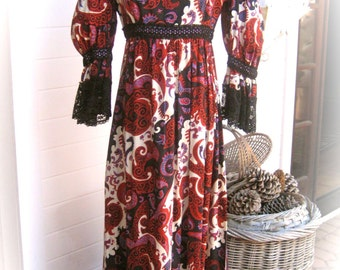 JAY MORLEY for Fern Violette - Stunning Vintage 70's - Frills and Lace Festival Dress - Beautiful Condition - 70s BOHO Chic