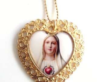 Our Lady of Fatima Pendant Holly Mary medal Gold Virgin Mary Necklace Catholic Jewelry Virgin Mary Jewelry Virgen de Fatima gift for her