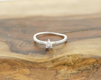 925 Sterling Silver Star Light Star Bright CZ Ring