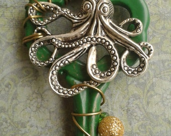 Green & Gold Octopus Key