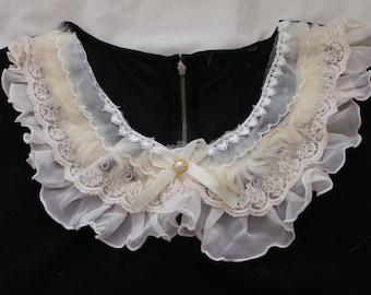 Fur Cream Collar