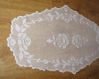 White Vintage Lace Runner, Lacework, Crocheted Table Linen, Crochet Roses, Embroidered, Polish Folk, Table topper, Napkin, Dresser scarf