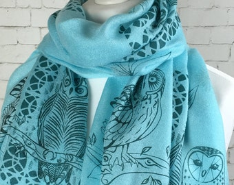 Owl scarf, Owl Pashmina, light Turquoise shawl with tawny owl, barn owl and long eared owl, hand printed silk screen print in green inks