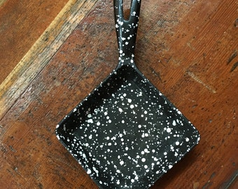 RARE Vintage Spatterware Old Cast Iron SQUARE Egg SKILLET Black and White Enameled Speckled Spattered Design Unique Vintage Kitchen Cookware