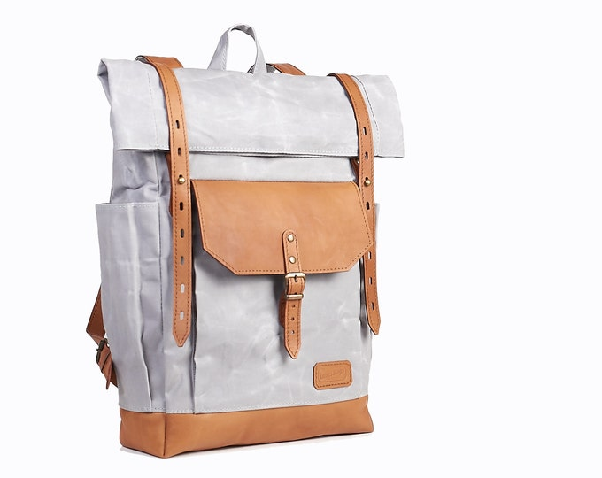 Light grey laptop backpack for women and men. Waxed canvas and Honey brown leather.