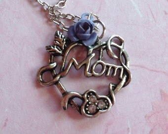 Mothers Day Gift, Mother's Day Jewelry, Mom Necklace, Mom Pendant, Mother's Day, Heart Pendant, Heart Necklace