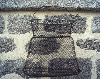 Vintage French fishing net / keep net / wire basket / hanging basket.