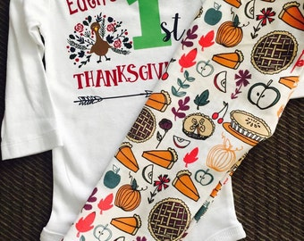 Thanksgiving Outfit. Baby Girl Thanksgiving. Thanksgiving leggings. Pumpkin Pie. Thanksgiving top. Custom Thanksgiving. Thanksgiving Baby.