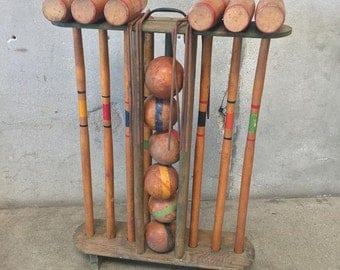 Old Vintage Croquet Set ( H3P8YC)