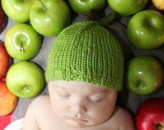 Newborn Green Apple Hat- Knit