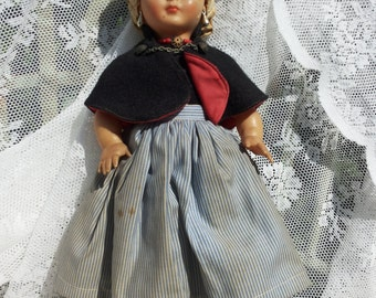 Folklore * Dovina doll blonde hairs/Vintage children's Toys/Dolls collection/Oorbellen/Retro/Rotterdam/Nuggets/lace
