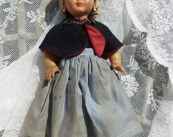 Dovina folklore doll blonde hairs/Vintage children