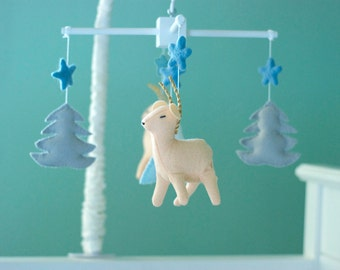 Baby deer mobile, baby crib mobile, woodland mobile, tribal mobile, stars mobile, neutral baby mobile, snowy mountain mobile