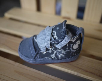 Handmade Baby Shoes Grey, Black Baby Shoes,Handmade in USA! Boy shoes 6 - 9 months
