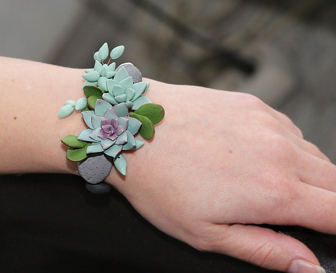 Mint succulent bracelet polymer clay succulent plant for Gemsprouts tiny plant jewelry