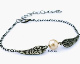 Harry Potter Golden snitch bracelet in bronze