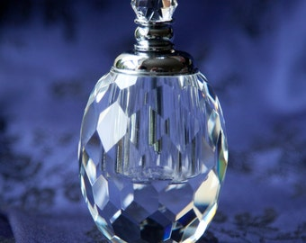 Stunning Hand Cut Lead Crystal Glass SCENT BOTTLE - Boxed