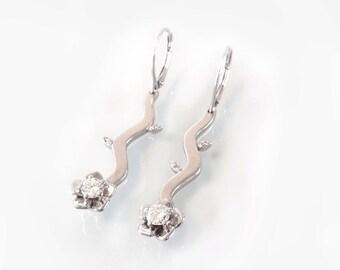 Diamond earrings, Gold Flower earrings, Diamond Flower earrings, White Gold Flower Earrings.