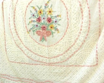 Vintage OODLES PLUSH CHENILLE Cutter Bedspread Shabby French Pink Prairie Cottage Farmhouse Chic